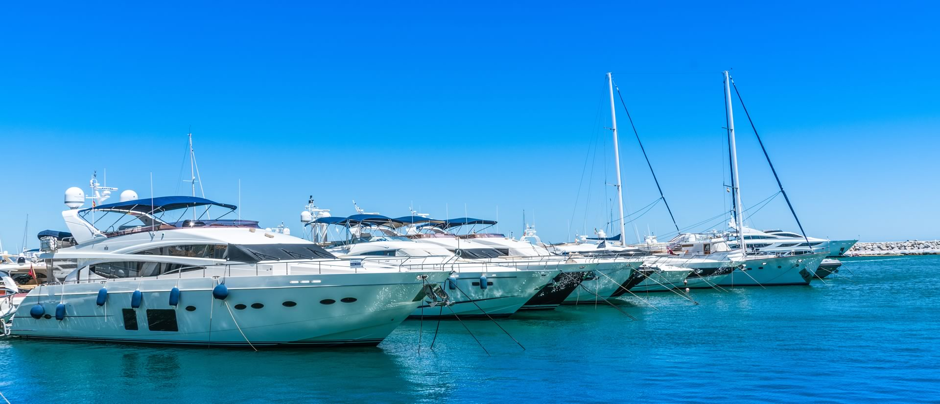 About Siebert Yacht Management